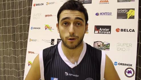 Los jugadores de La Gallofa Cantbasket analizan el triunfo en Tolosa
