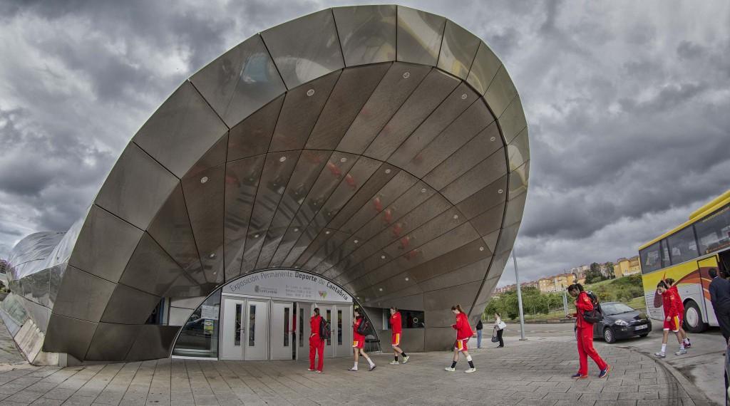 La Selección Española entrando al Palacio de los Deportes | Foto: FEB.es
