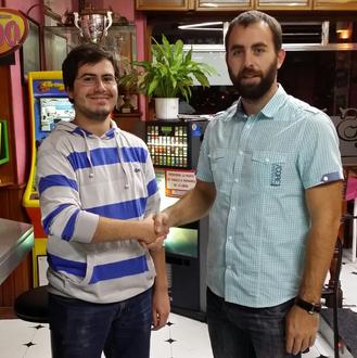Rubén Cueto y Benjamín Santos en la Cafetería ISAE