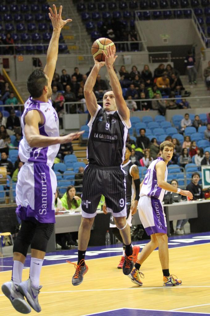 Miguel Ángel Blanco fue el MVP del encuentro tras sumar 35 puntos de valoración | Foto: Pablo Lanza