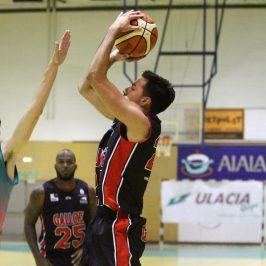 Gallofa suma la séptima victoria de la temporada en Zarautz