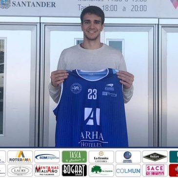 Arha Hoteles incorpora a Álvaro Reyes, alero con experiencia en la LEB Oro